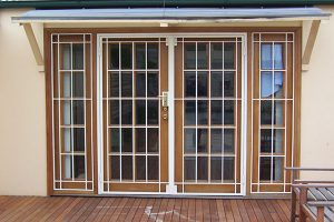 انواع حفاظ پنجره آهنی